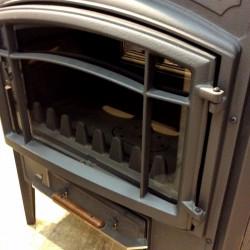 Estufa E-10 Plus Hergom de hierro fundido